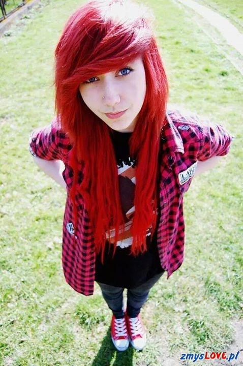 Czerwonowłosa Mary