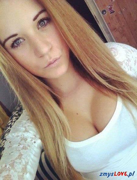 Natalia, 22 lata