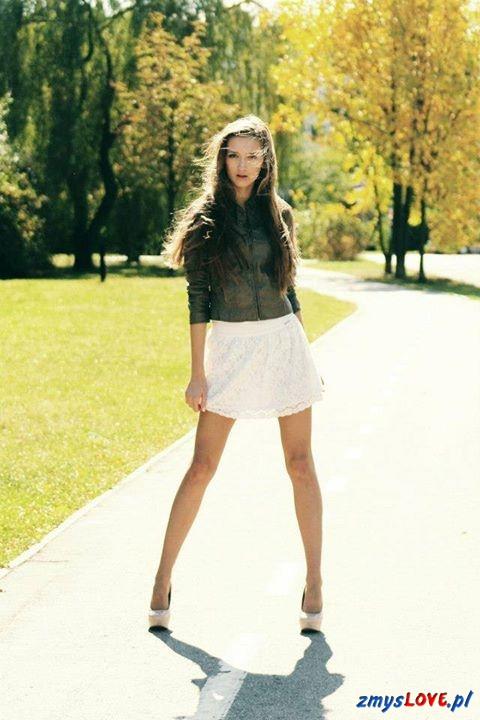 Sylwia, lat 18