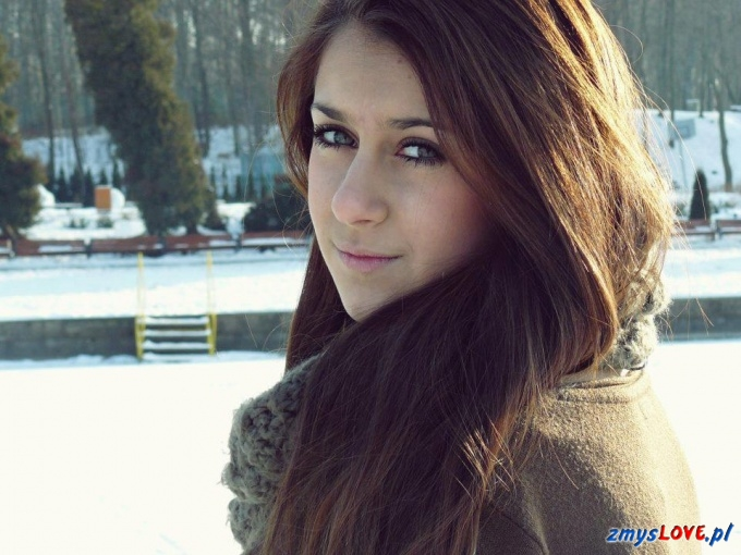 Monika, lat 16