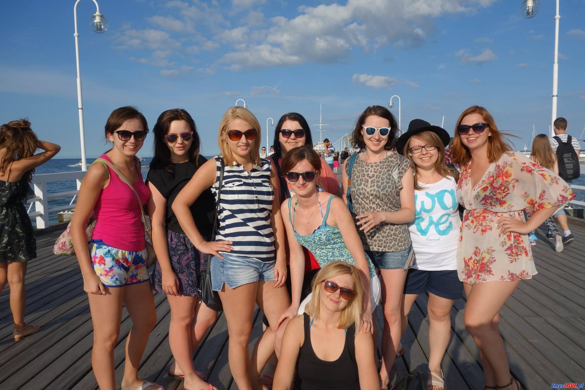 Ania z przyjaciółkami – fotka z wakacji.