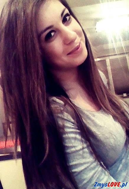 Karolina, 19 lat, Tłuszcz