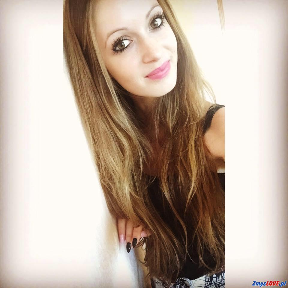 Adrianna, 20 lat, Szczytna