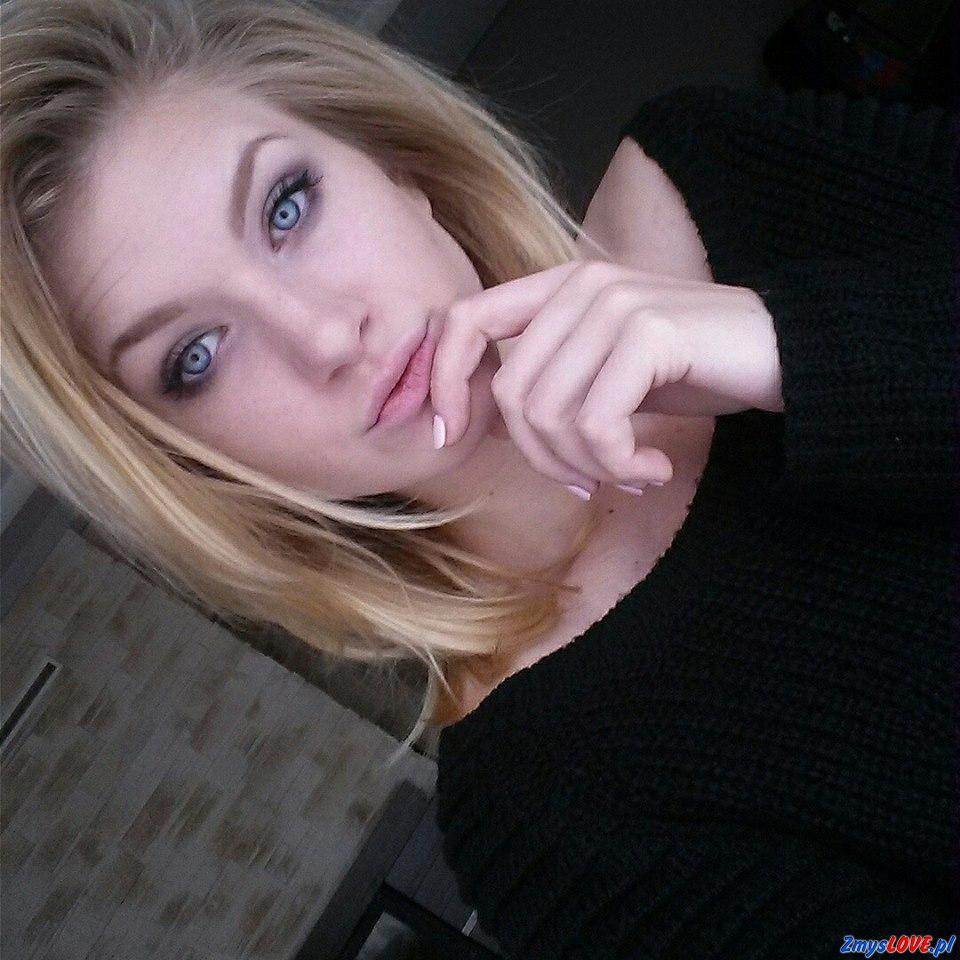Eleni, 27 lat, Małomice