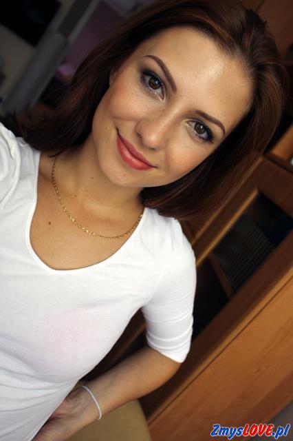 Inga, lat 19, Płoty