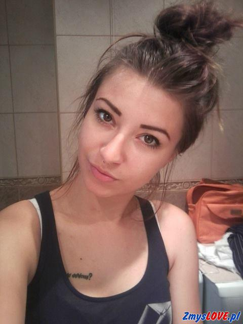 Julianna, 17 lat, Ostrowiec Świętokrzyski