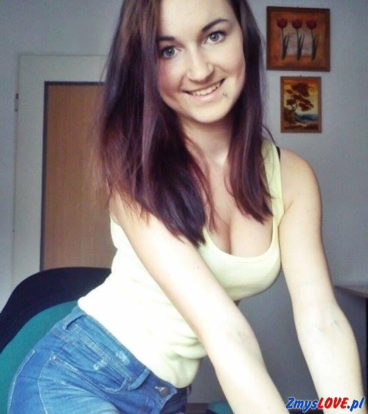Larysa, 19 lat, Ożarów