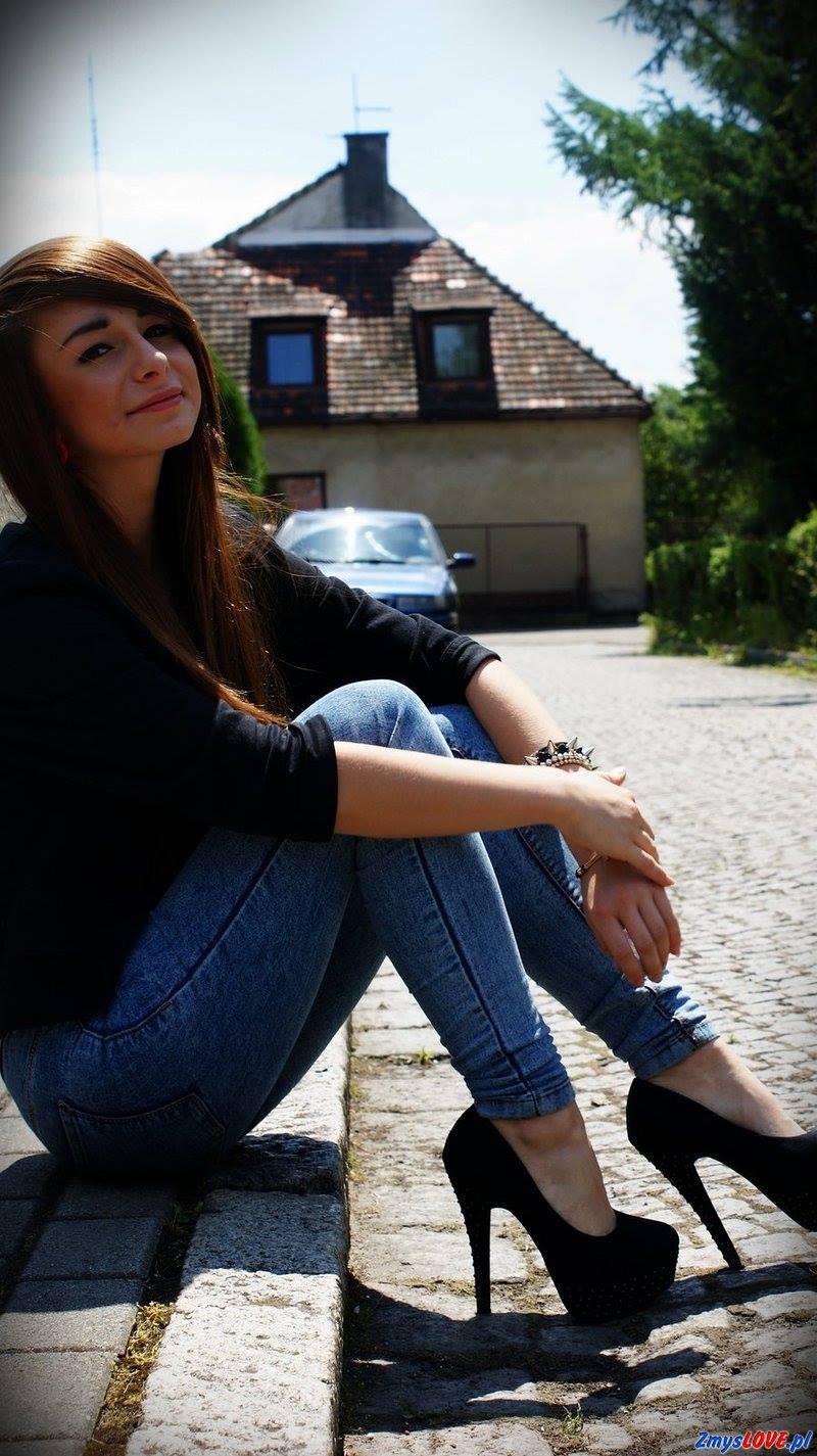 Frania, lat 19, Korsze