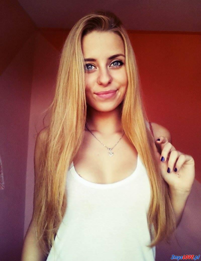 Julia, 22 lata, Warszawa