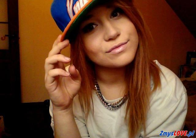 Melania, 16 lat