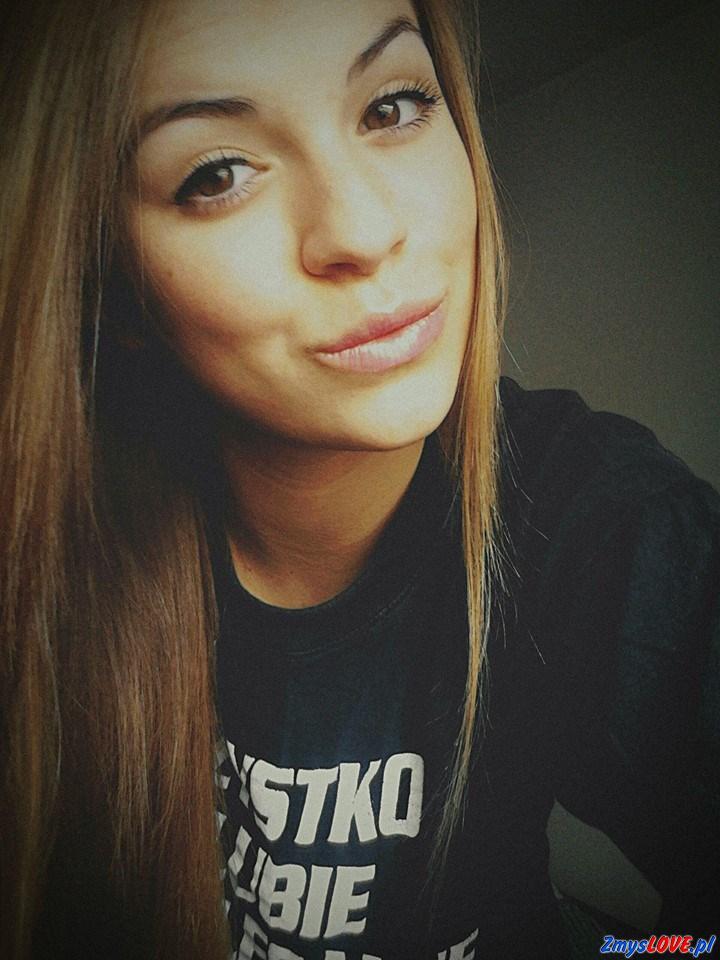 Luiza, 22 lata, Łasin