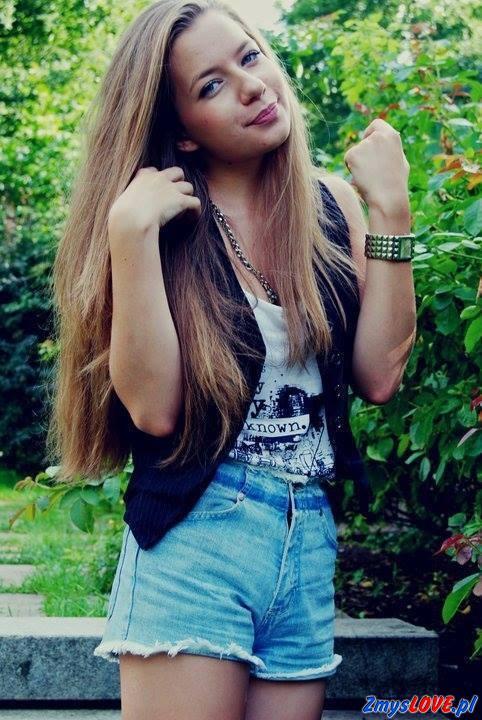 Liliana, 18 lat, Puszczykowo