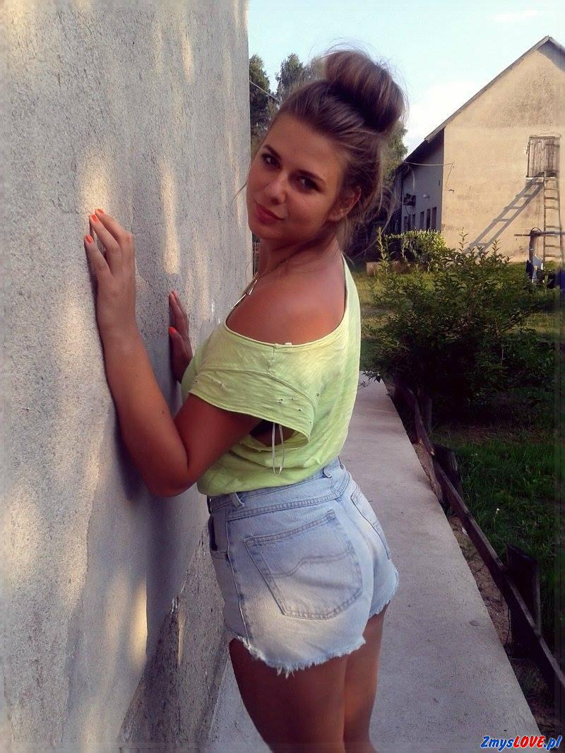 Mira, lat 18, Bytów
