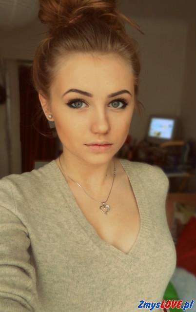 Antonia, 20 lat, Pilawa