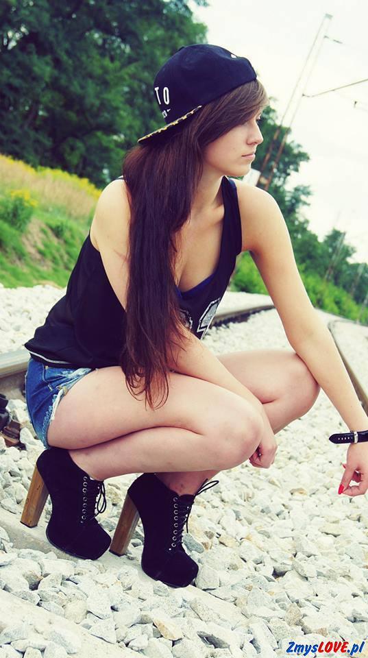 Nikola, 19 lat, Warszawa