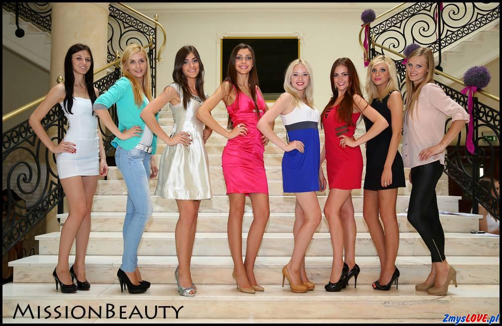 Amelia, Samanta, Diana, Ala, Martyna, Grażyna, Dominika, Kaja