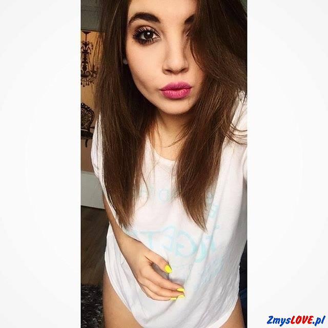 Melania, 19 lat, Łazy