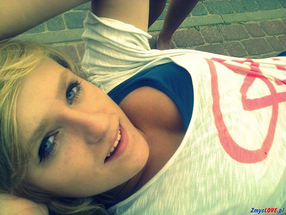 Angela, lat 19, Warszawa