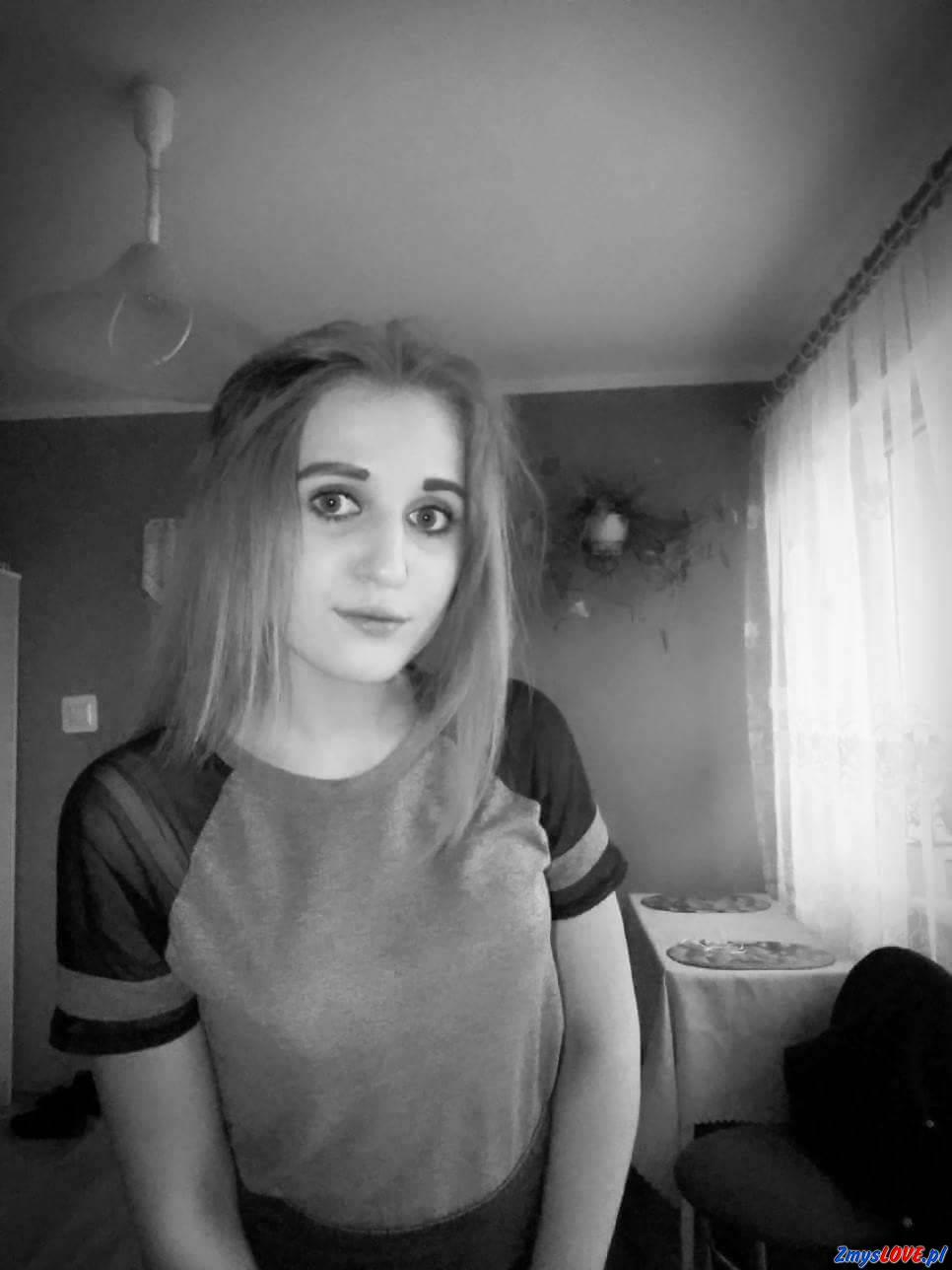 Monika, lat 19, Głogów