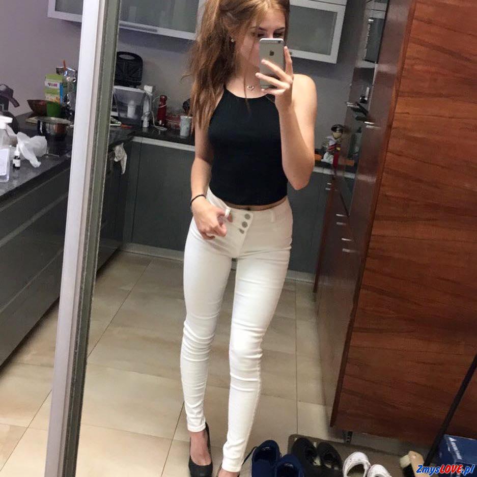 Klara, 25 lat, Sieraków