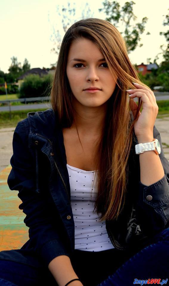 Kornelia, lat 17, Warta