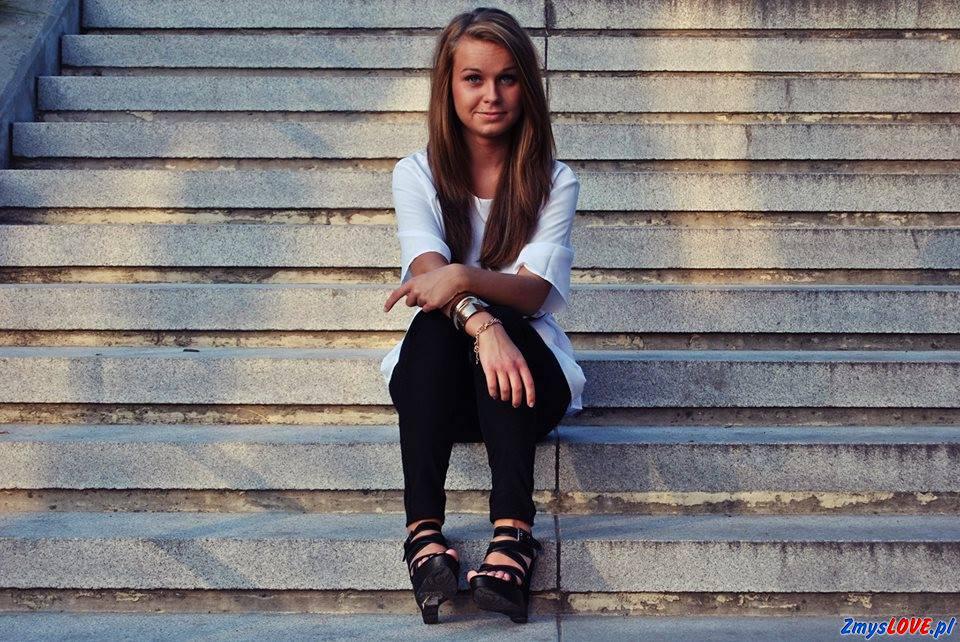 Ola, lat 17, Oława