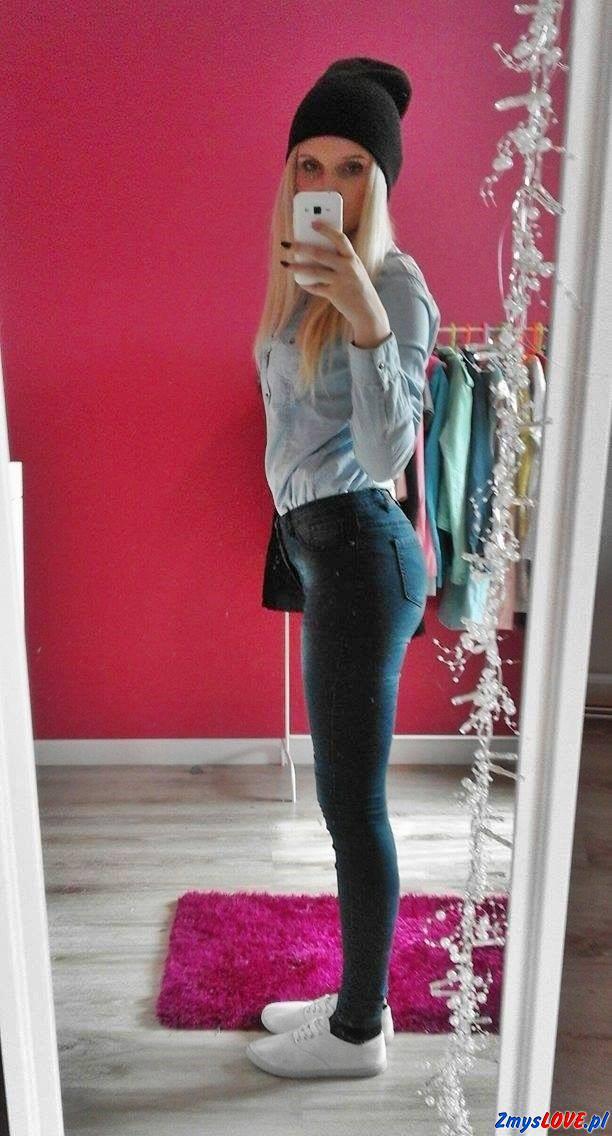 Ilona, 25 lat, Piotrków Trybunalski