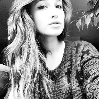 Angela, 17 lat, Stopnica